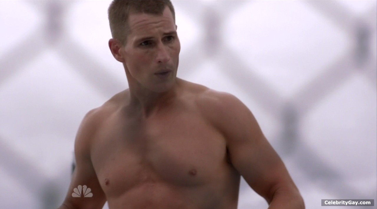 Oded fehr topless — pic 6