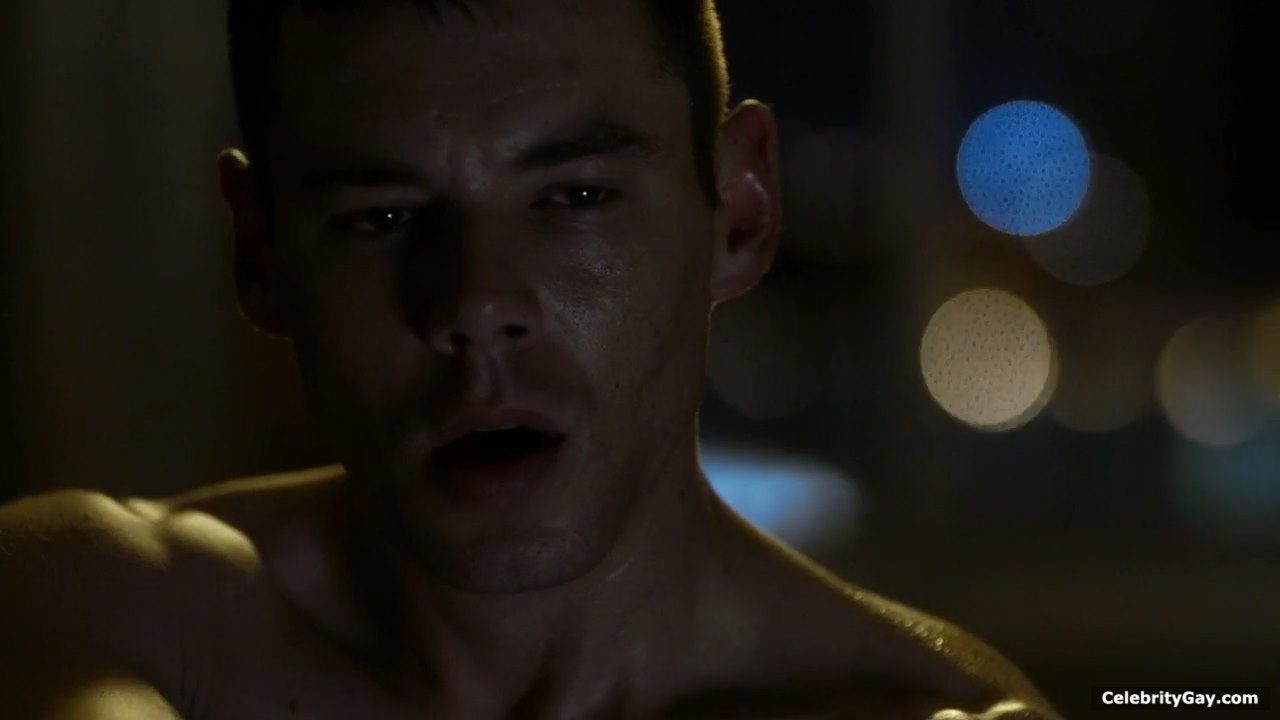 Brian J. Smith Shirtless - The Male Fappening