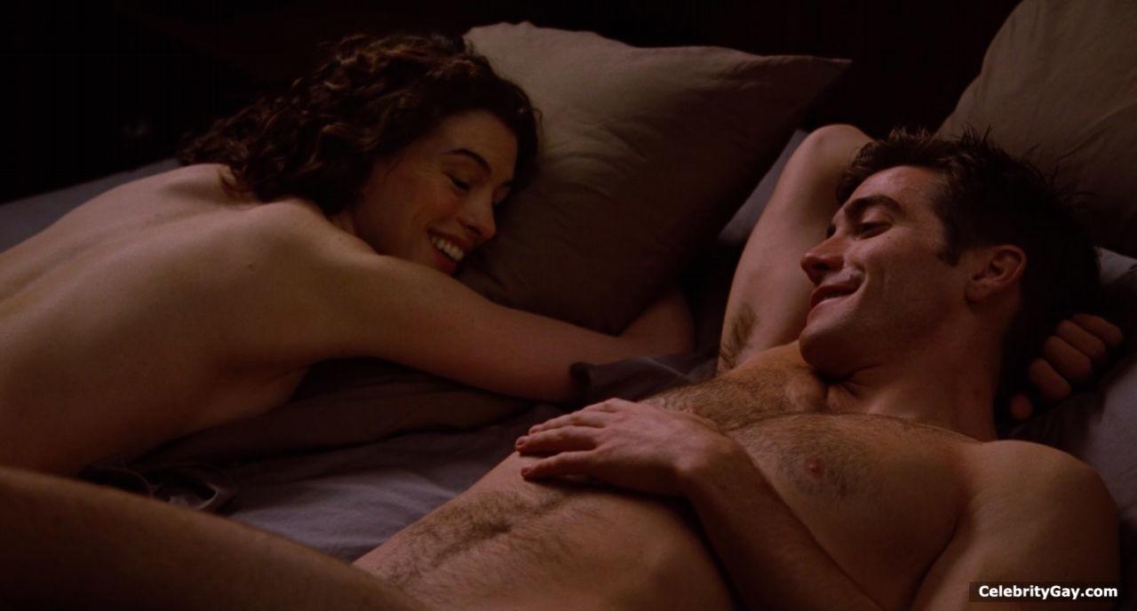 Half nude pics of jake gyllenhaal