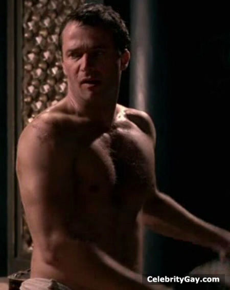 Purefoy refuses to get naked for rome directors