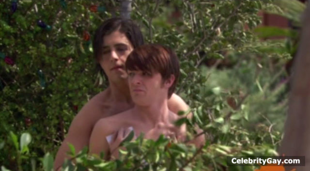 drake and josh naked butts