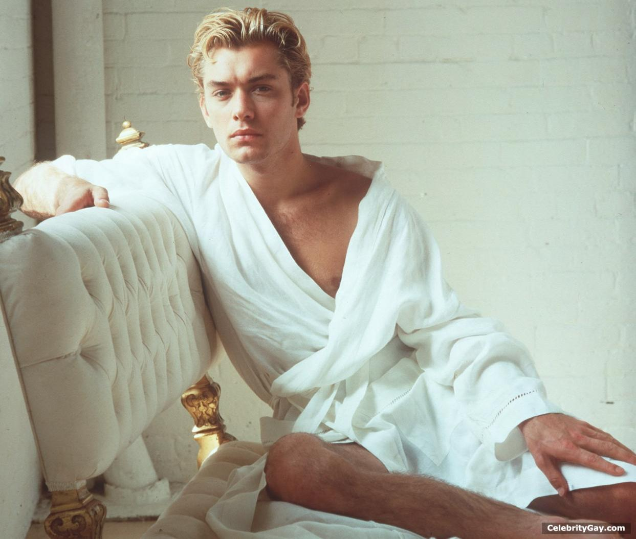 Jude Law Nude - leaked pictures & videos | CelebrityGay