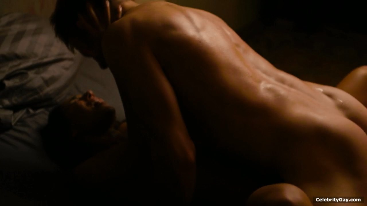 Max thieriot nude photo, sexy scene