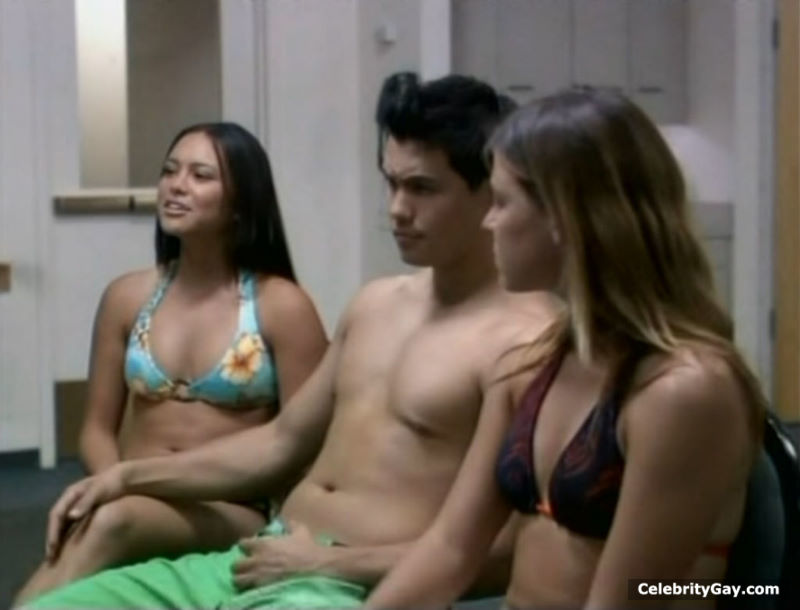 nude pictures of michael copon