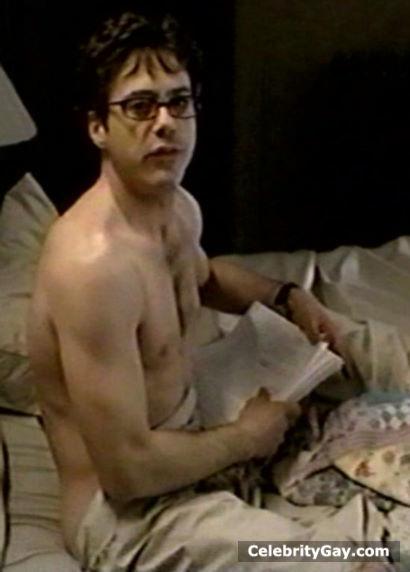robert-downey-jr-naked-nude-penis