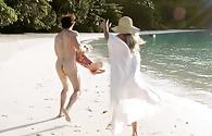 Elizabeth shue nude video photos