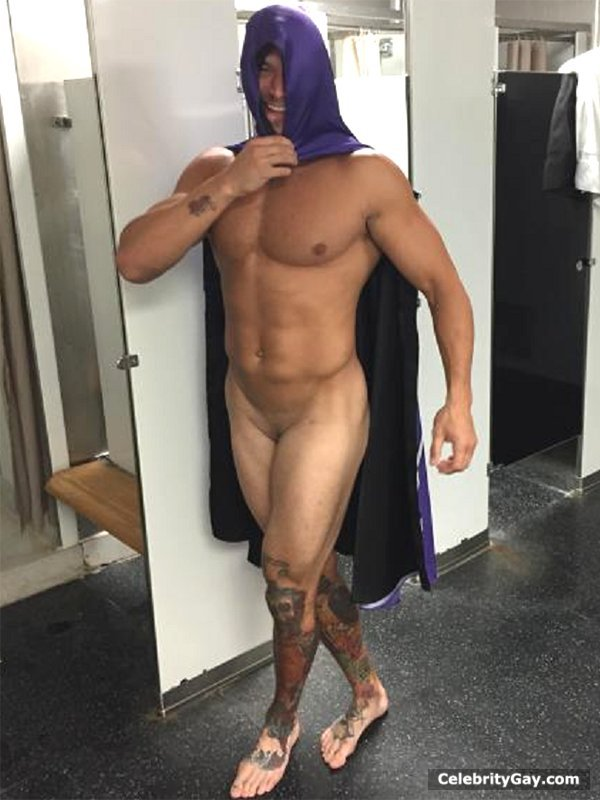 Star naked wwe