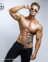 CelebrityGay.com - nude male celebrities, free photos